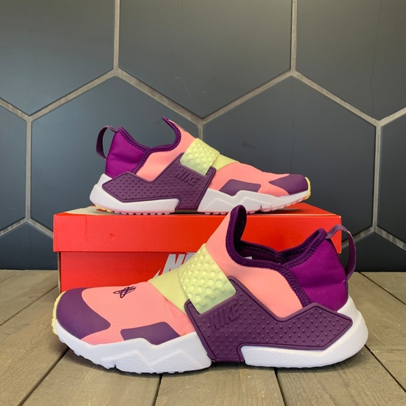 pink and purple huaraches